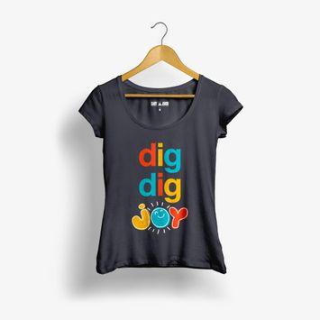 camiseta-feminina-sandy-e-junior-camiseta-dig-dig-joy-digdigjoy-e-o-sexto-album-de-estudio-d-00602577958960-26060257795896
