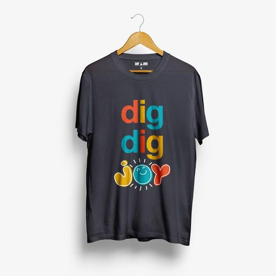 camiseta-sandy-e-junior-dig-dig-joy-digdigjoy-e-o-sexto-album-de-estudio-d-00602577958991-26060257795899
