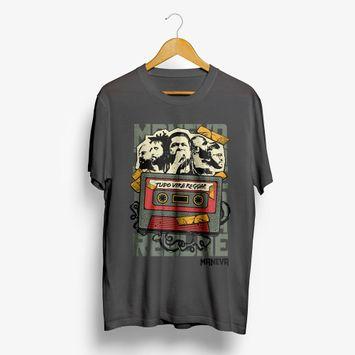 camiseta-maneva-tudo-vira-reggae-cinza-camiseta-maneva-tudo-vira-reggae-cin-00602507446512-26060250744651