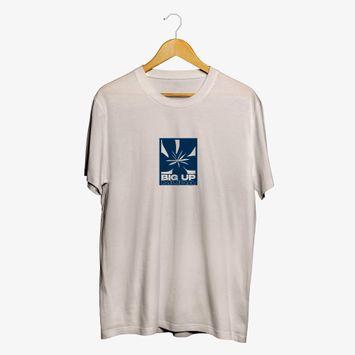 camiseta-big-up-muda-bege-estampa-frente-e-verso-camiseta-big-up-muda-00602438507474-26060243850747